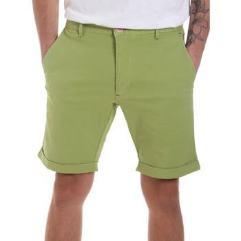 Textil Homem Shorts / Bermudas Gaudi 811FU25023 Verde