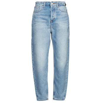 Textil Mulher Gangas boyfriend Tommy Jeans MOM JEAN ULTRA HR TPRD EMF SPLBR Azul / Claro