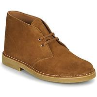 Sapatos Homem Botas baixas Clarks DESERT BOOT 2 Castanho