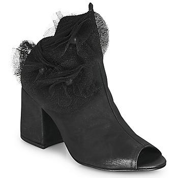Sapatos Mulher Escarpim Papucei MOMA Preto