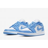 Sapatos Sapatilhas Nike Air Jordan 1 Low Univeristy Blue University Blue/White