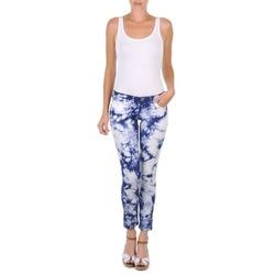 Textil Mulher Calças curtas Cimarron CLARA TIE DYE Azul