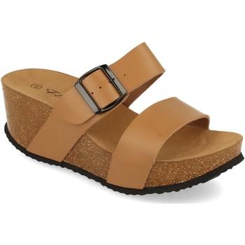 Sapatos Mulher Chinelos Silvian Heach M-08 Taupe
