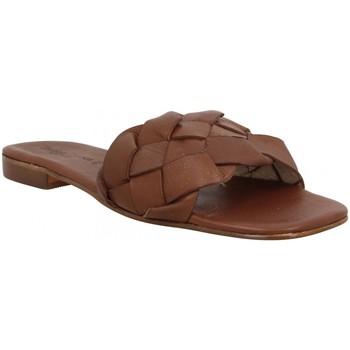 Sapatos Mulher Chinelos Donna Lucca 137327 Castanho