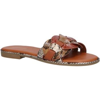 Sapatos Mulher Chinelos Maria Mare 68096 Marr?n