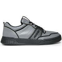 Sapatos Homem Sapatilhas Bikkembergs - scoby_b4bkm0102 Cinza