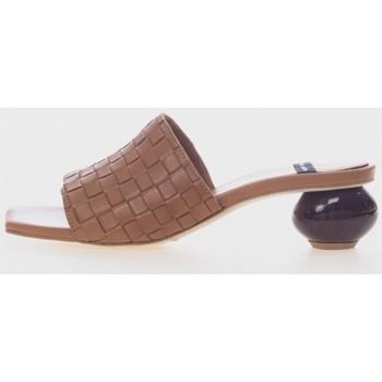 Sapatos Mulher chinelos Angel Alarcon 21055 Marrón