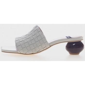 Sapatos Mulher chinelos Angel Alarcon 21055 Beige