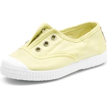 Sapatos Criança Sapatilhas de ténis Cienta Chaussures en toiles bébé  Tintado jaune pastel