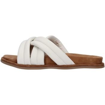 Sapatos Mulher Chinelos Inuovo 777002 Branco