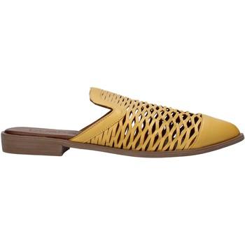 Sapatos Mulher Tamancos Bueno Shoes 21WN0103 Amarelo