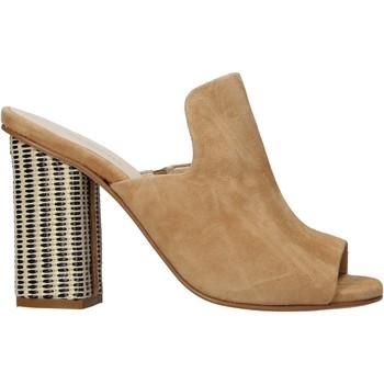 Sapatos Mulher Chinelos Carmens Padova 41489 Castanho