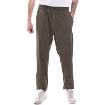 Textil Homem Calças finas / Sarouels Gaudi 111GU25069 Verde