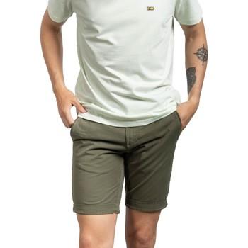 Textil Homem Shorts / Bermudas Klout  Verde