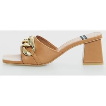 Sapatos Mulher Chinelos Angel Alarcon 21253-528 Marrón