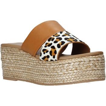 Sapatos Mulher Chinelos Gold&gold A21 GK99 Castanho