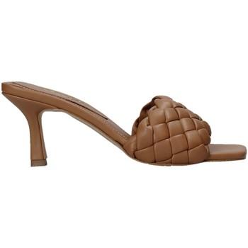 Sapatos Mulher Chinelos Grace Shoes 395R015 Castanho