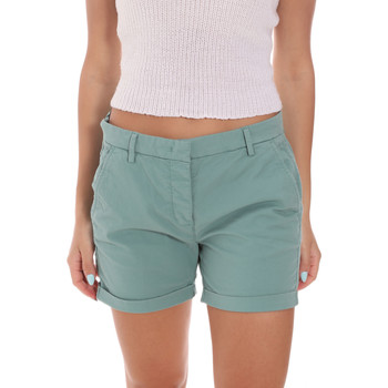 Textil Mulher Shorts / Bermudas Colmar 0917T 5TQ Verde