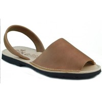 Sapatos Chinelos Arantxa MENORQUINA DE PIEL MARRON