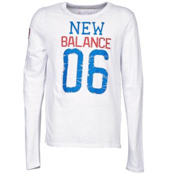 Textil Homem T-shirt mangas compridas New Balance NBSS1404 GRAPHIC LONG SLEEVE TEE Branco