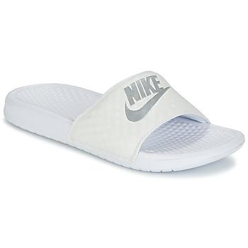 Sapatos Mulher chinelos Nike BENASSI JUST DO IT W Branco / Prata