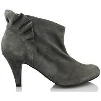 Sapatos Mulher Botas baixas Vienty BOTIN VOLANTE GRIS GRIS