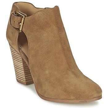 Sapatos Mulher Botas baixas MICHAEL Michael Kors ADAMS Camel