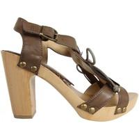 Sapatos Mulher Escarpim MTNG 53251 Marrón