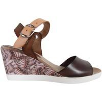 Sapatos Mulher Sandálias Cumbia 30151 Marrón