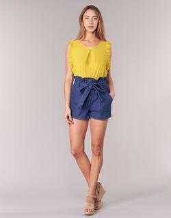Textil Mulher Shorts / Bermudas Molly Bracken PORLA Azul