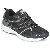 Sapatos Homem Multi-desportos Umbro DERBY Preto