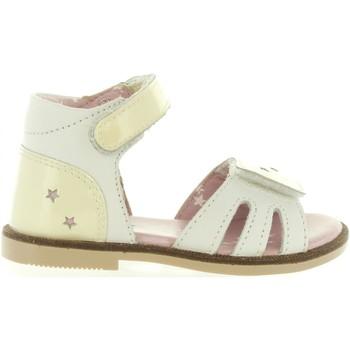Sapatos Rapariga Sandálias Kickers 469890-11 MOONSTAR Blanco