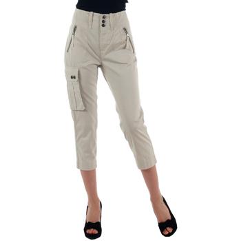 Textil Mulher Calças curtas Diesel  Blanco roto
