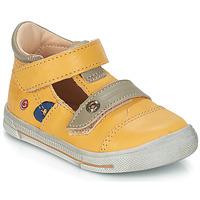 Sapatos Rapaz Sandálias GBB STEVE Amarelo
