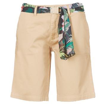 Textil Mulher Shorts / Bermudas Guess BENARIO Bege