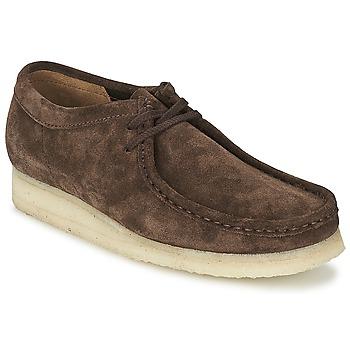 Sapatos Homem Sapatos Clarks WALLABEE Castanho