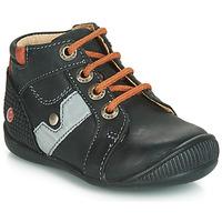 Sapatos Rapaz Sapatilhas de cano-alto GBB REGIS Preto / Laranja