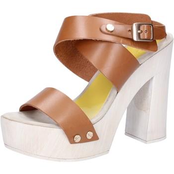Sapatos Mulher Sandálias Suky Brand Sandálias AC816 Castanho