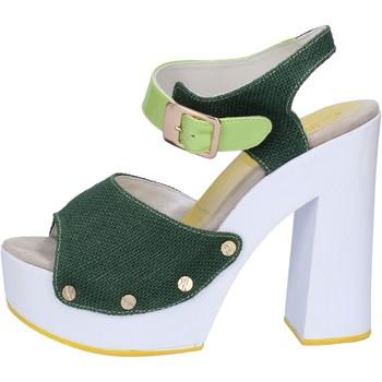 Sapatos Mulher Sandálias Suky Brand Sandálias AB314 verde