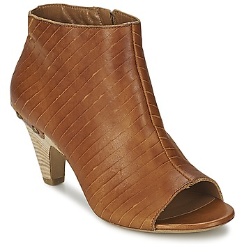 Sapatos Mulher Botas baixas Vic GONCO Castanho