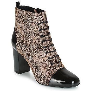 Sapatos Mulher Botins André CONGA Bege