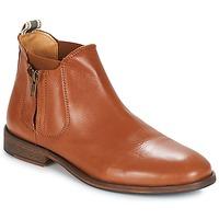 Sapatos Homem Botas baixas André BARYTON Camel