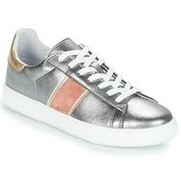 Sapatos Mulher Sapatilhas André FRISBEE Prata