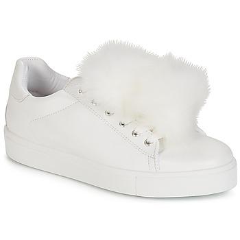 Sapatos Mulher Sapatilhas André POMPON Branco