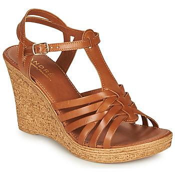 Sapatos Mulher Sandálias André FABULEUSE Camel