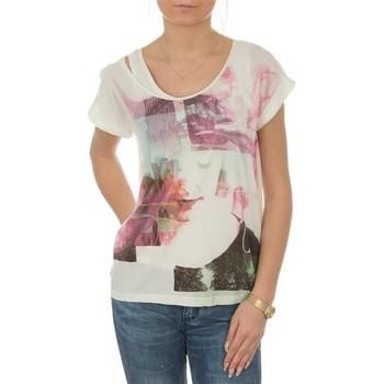 Textil Mulher T-Shirt mangas curtas Lee T-shirt  Night Cloud Dancer L485AUHA white