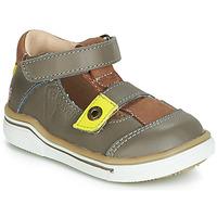 Sapatos Rapaz Sandálias GBB PORRO Cinza / Amarelo