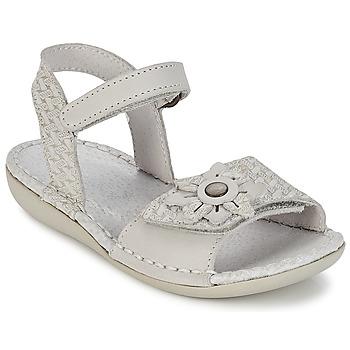 Sapatos Rapariga Sandálias Kickers EVANA Branco